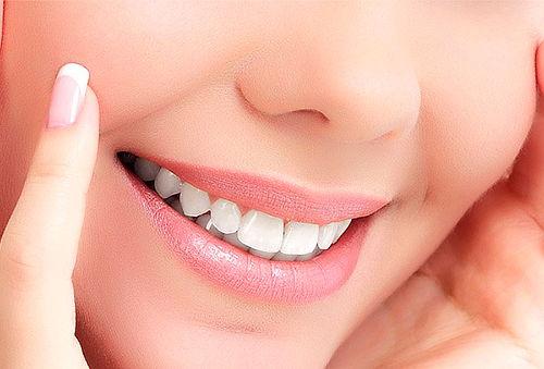 Blanqueamiento Dental + Limpieza Profunda