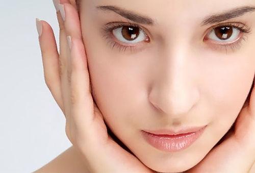 Rostro joven con Facial, PRP y células madre 91%