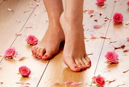 Manicure + Pedicure + Gelish Tonos INCREIBLES 84%