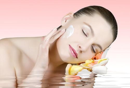 Facial de rejuvenecimiento, acné o manchas en 3 sesiones