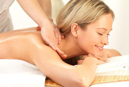 COMBO Relajación total, difruta de masaje, facial, y más!