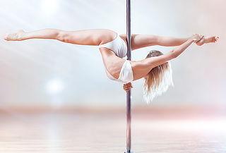 8, 12 o 16 Clases de Pole Dance para 1 o 2 personas 50%