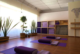1 Mes de Clases Matutinas ILIMITADAS de Yoga 68%