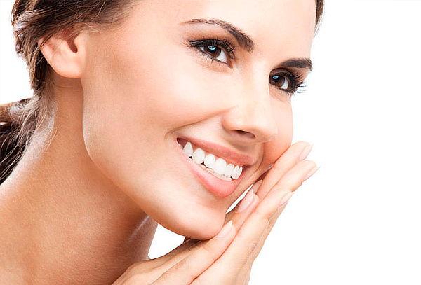 Limpieza Dental + Blanqueamiento + 1 Resina 3M 75%