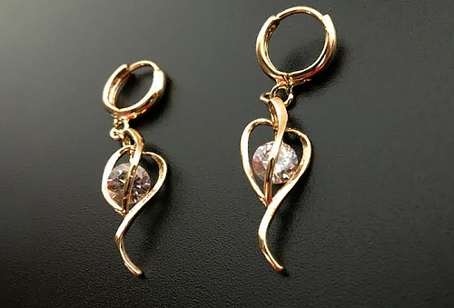 Aretes Diamond ¡Luce espectacular!
