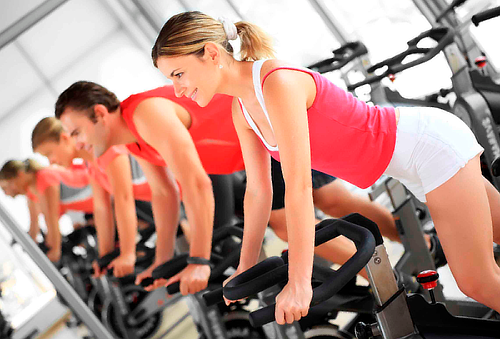 ¡Ponte en Forma! 3,6 ó 12 Meses Acceso Fitness Express 5 Suc