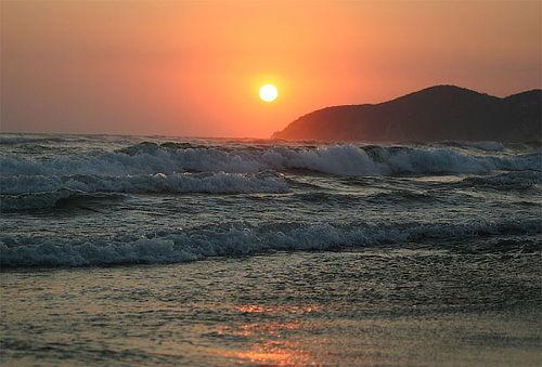 Acapulco Express, 2Días/1Noche con transporte ¡A la Playa!