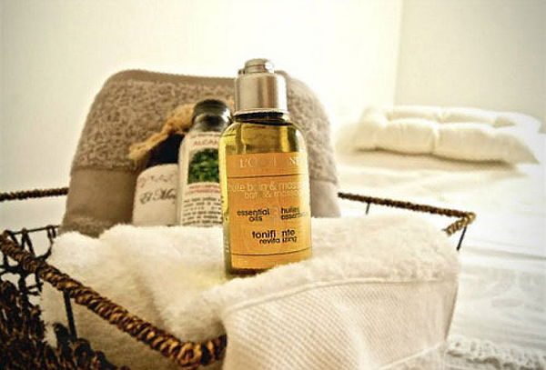 Spa Prenatal con Masaje + Facial en Hot Mama by L'Occitane
