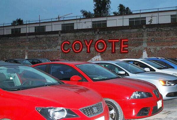Autocinema Coyote ¡Vive la Experiencia del Cine Retro!
