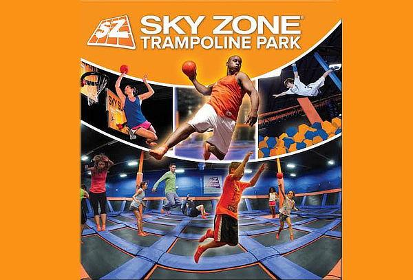 Acceso para 5 u 8 al Parque de Trampolines SKY ZONE