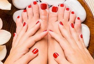 Manicure y Pedicure con gelish en manos y pies