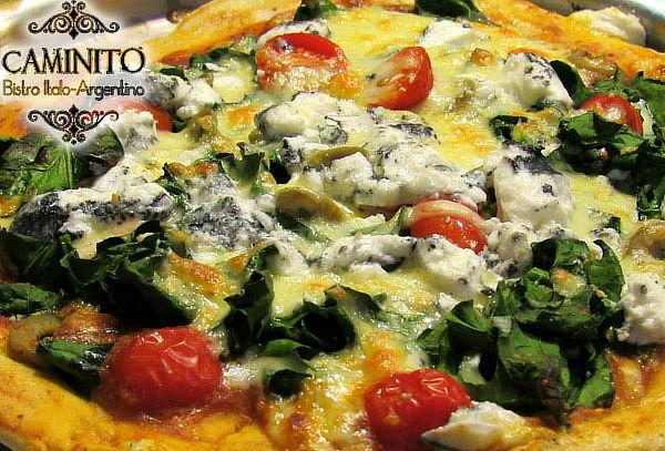 Pizza para 2 + 2 Copas de vino de la casa + 2 Pastas