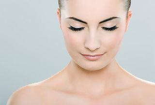 Relleno de entrecejo con Botox + Plasma Gel