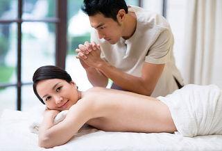 2x1 en masaje relajante con bambú y más