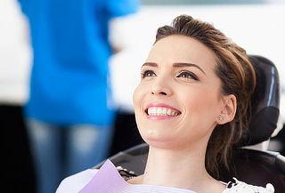 Blanqueamiento dental láser, resinas ilimitadasy limpieza