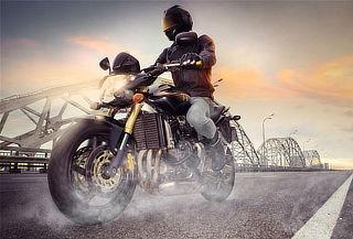 ¡Curso básico de manejo de motocicleta para uno + equipo!