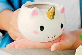 Taza de cerámica 3D en diseño de Unicornio.