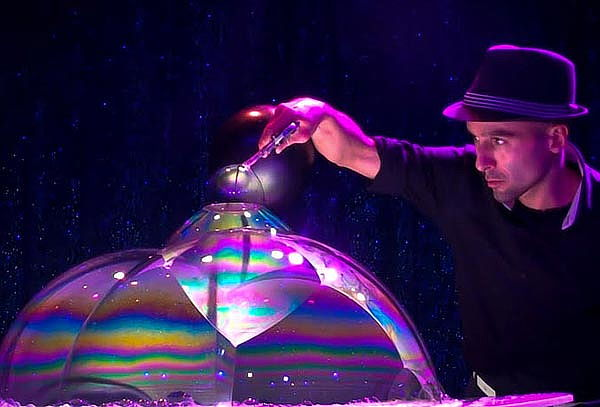 """""""El Señor de las Burbujas"""" El Show... Regresa a México"""
