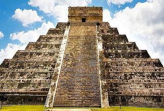 AÑO NUEVO: Cancún, Holbox, Mérida: BUS desde CDMX + Hotel 7N