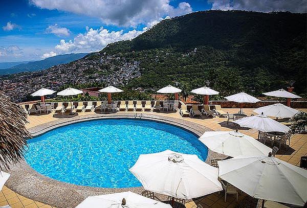 Fin de año en Hotel Monte Taxco 4D/3N Cena,City Tour y más