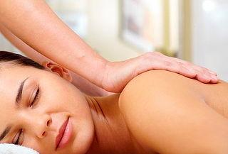 Masaje relajante de espalda brazos y cuello