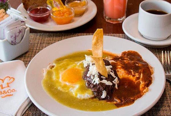 Desayuno Completo para 2 en Trattoria Bread & Co.