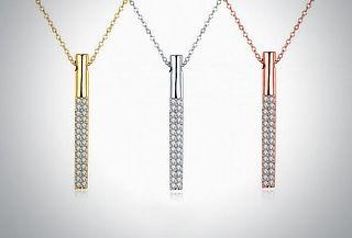 Dije Tribeca en color a elegir ¡Incrustaciones de cristal!