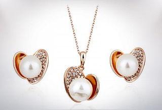 """Set """"Amarantha"""" Collar y aretes con cristales austriacos"""