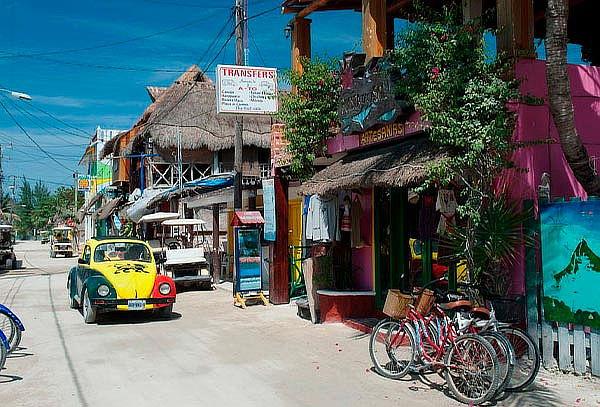 HOLBOX: cenote Yalahau + alimentos + bebidas SALIDAS DIARIAS