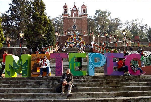 De PASEO: ¡Metepec + Cosmovitral + Centro ceremonial!