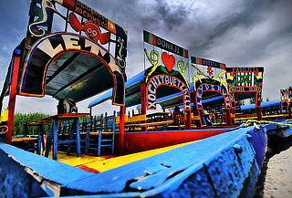 Paseo en Trajinera para 12 personas ¡Xochimilco Mágico!