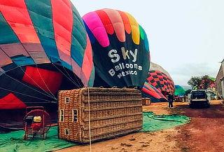 2x1: Vuela en Globo Estático en Teotihuacan con Sky Balloons