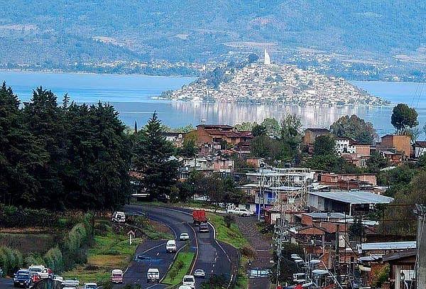 JANITZIO: 2D/1N, Pátzcuaro, transporte, hotel & más, FEB 13