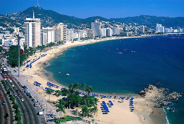 ACAPULCO: día de playa con Transporte, Visitas, 1D