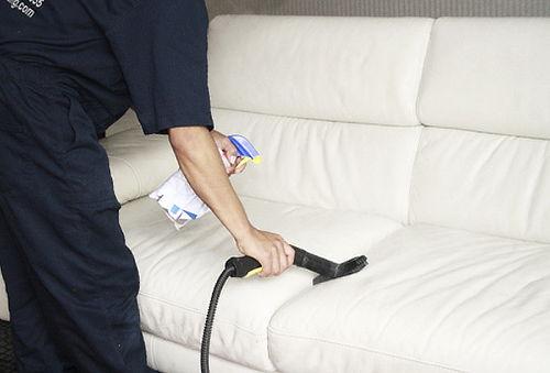 ¡100% Limpio! Lavado y Desinfección de Muebles
