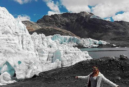 Full Day Nevado de Pastoruri - Huaraz