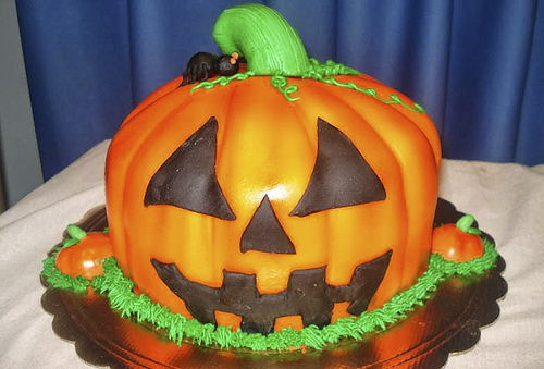 ¡Celebra Halloween! Torta Personalizada + 6 Cupcakes