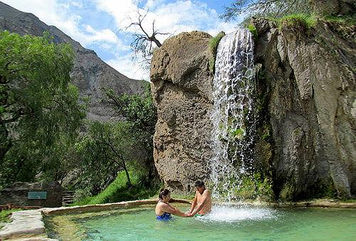 ¡Churín + Baños Termales de Mamahuarmi! APEC