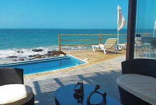 ¡Casa de Playa Frente al Mar con Piscina! Punta Sal