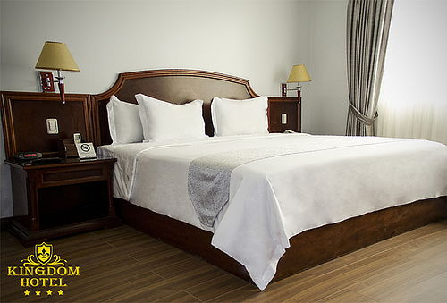 Noche Romántica para 2 - Kingdom Hotel ***