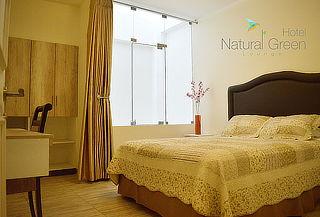 ¡Tingo María! Noche Romántica para 2 en Hotel Natural Green