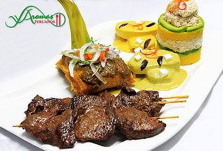 ¡A Disfrutar! Piqueo de Cajón en Aromas Peruanos
