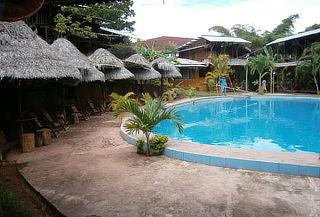 ¡Tarapoto para 02, 03 o 04 Personas! en Madera Labrada Lodge