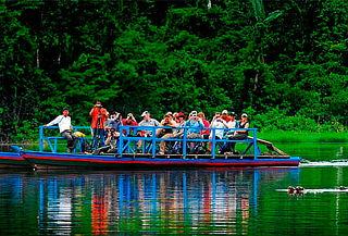 ¡Paseo en Bote - Puerto Maldonado! Río Madre de Dios y Más