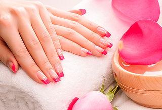 Uñas Acrílicas + Depilación de Ceja y Bozo - Monissima Nails