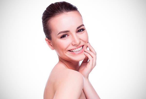 ¡Rejuvenece! Recuperación Facial + Peeling y Más