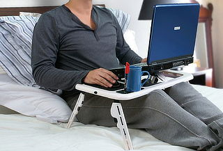 Mesa Cooler para Laptop Posa Mouse y Posa Vaso