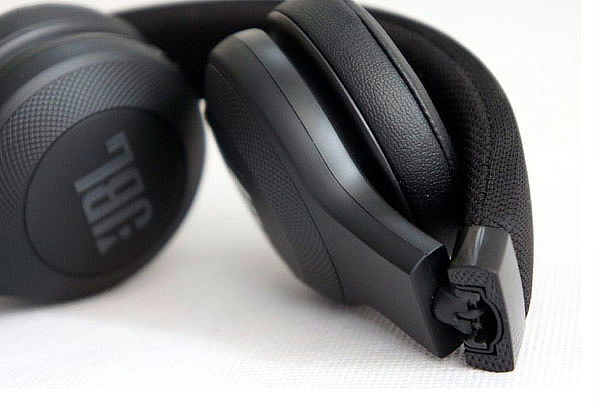 JBL Audífonos Bluetooth Supraaurales E45BT