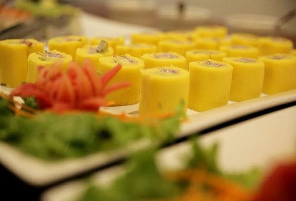 ¡A Comer! Buffet Marino y Criollo en Islandia Independencia