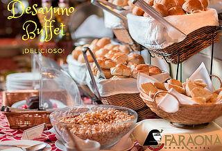 ¡Desayuno Buffet + Bebidas! Céntrico Faraona Gran Hotel